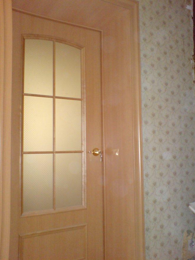установка входной двери в широкий проем